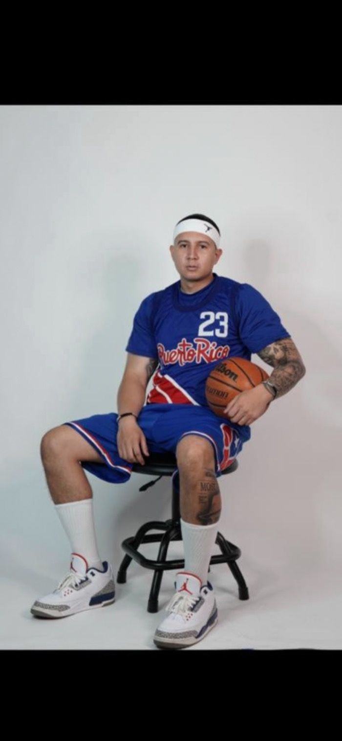 Pro Basketball Player Shot 11 Times in the Chest in the East Side of Puerto Rico